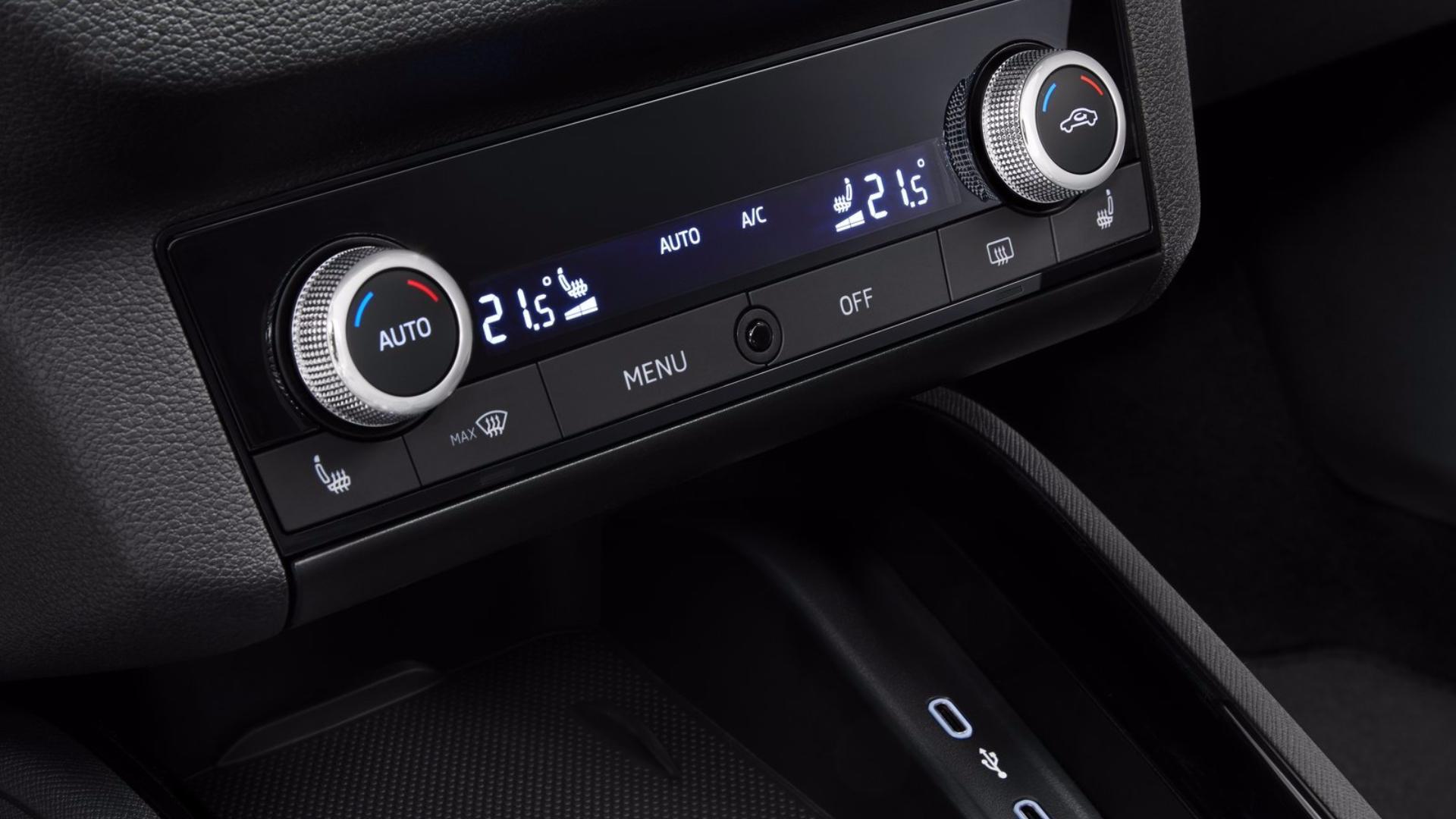 Nová Škoda Kamiq - AC a nové USB-C porty